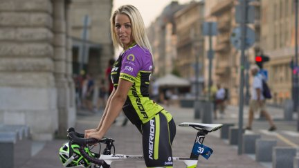 bikegirlsblog: #budapest #merida #bikegirls | Cycling