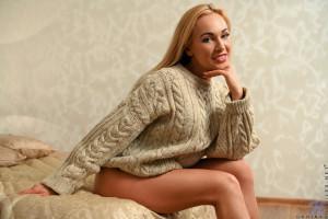 women, blonde, long hair, Hime Marie, living rooms, white